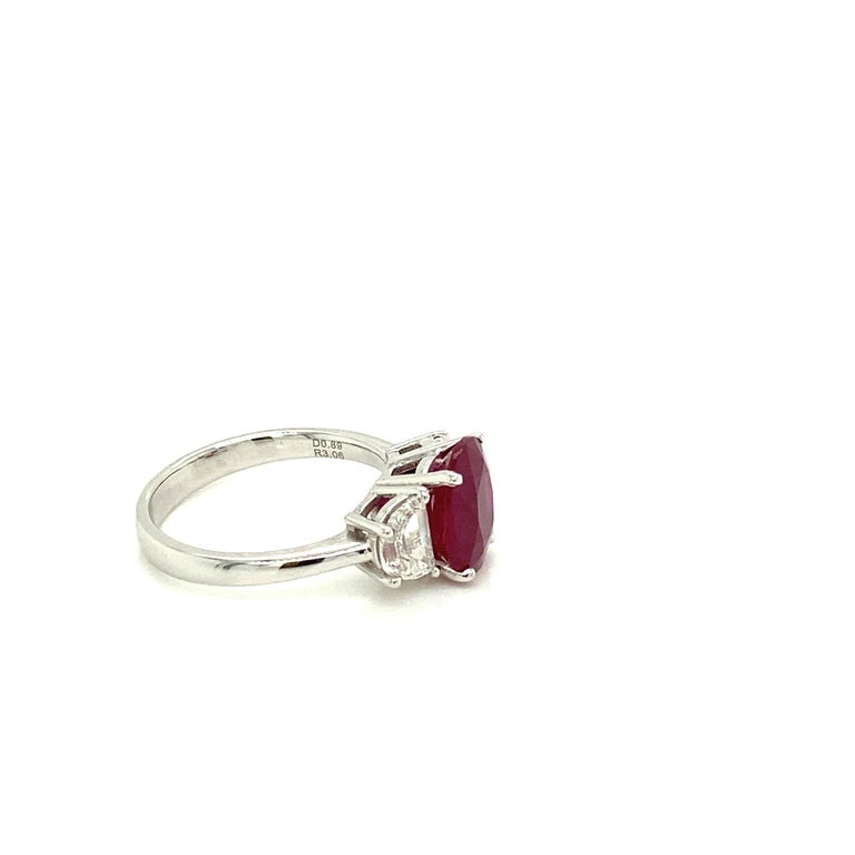 Contemporary 3.06 Carat GRS Certified Pigeon's Blood Red Burmese Ruby and White Diamond Ring For Sale