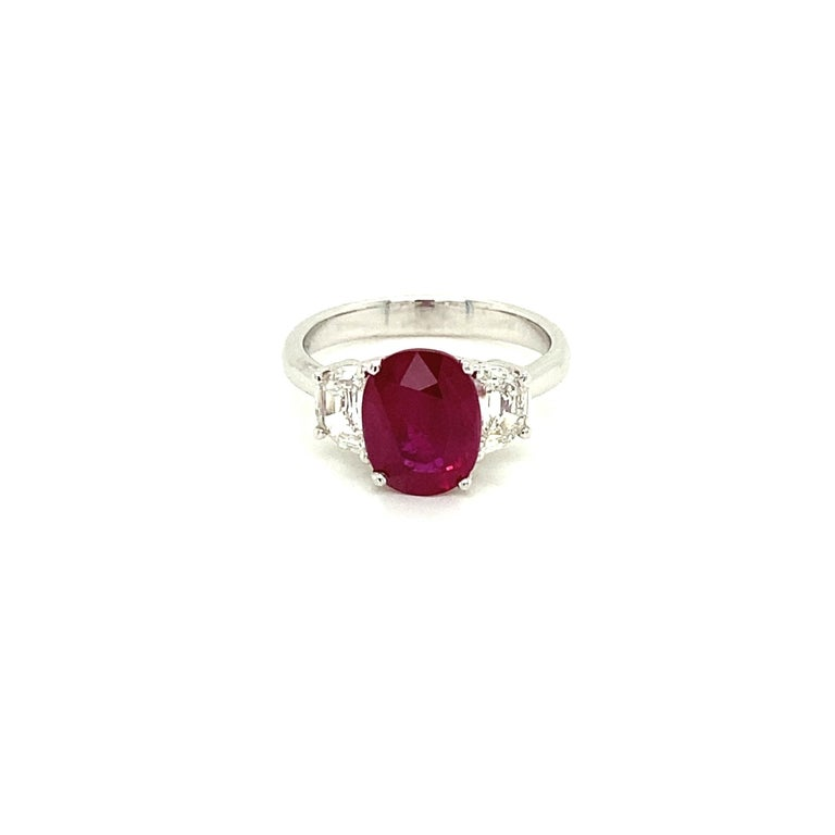 3.06 Carat GRS Certified Pigeon's Blood Red Burmese Ruby and White Diamond Ring For Sale 1