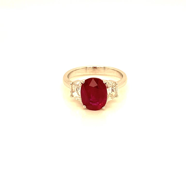 3.06 Carat GRS Certified Pigeon's Blood Red Burmese Ruby and White Diamond Ring For Sale 2