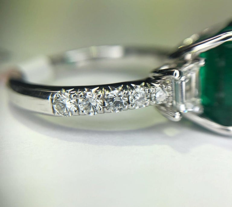 3.06Carat Emerald Ring (AGL) with 0.96 CTW of Trapezoid Step Cut Diamonds in 18K For Sale 1