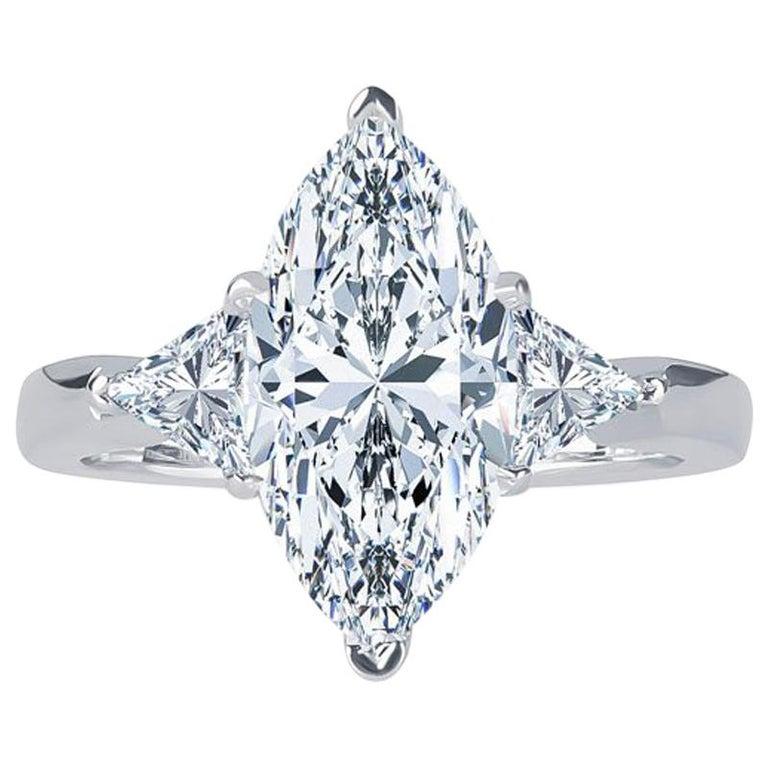 3,07 Karat Marquise Diamant FVVS2 (GIA) HPHT Farbe, 0,53 Karat Diamanten, 14 Karat Ring 1