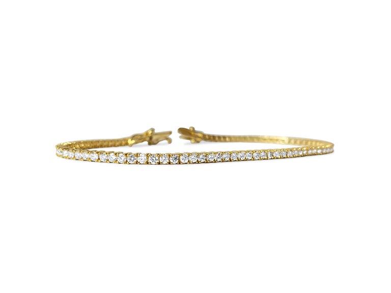 Round Cut 3.08ct VVS Diamond Tennis Bracelet Unisex in 10k Yellow Gold For Sale