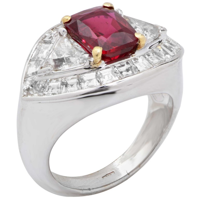 Modern 3.09 Carat AGL Graded Burma Ruby and Diamond Ring For Sale
