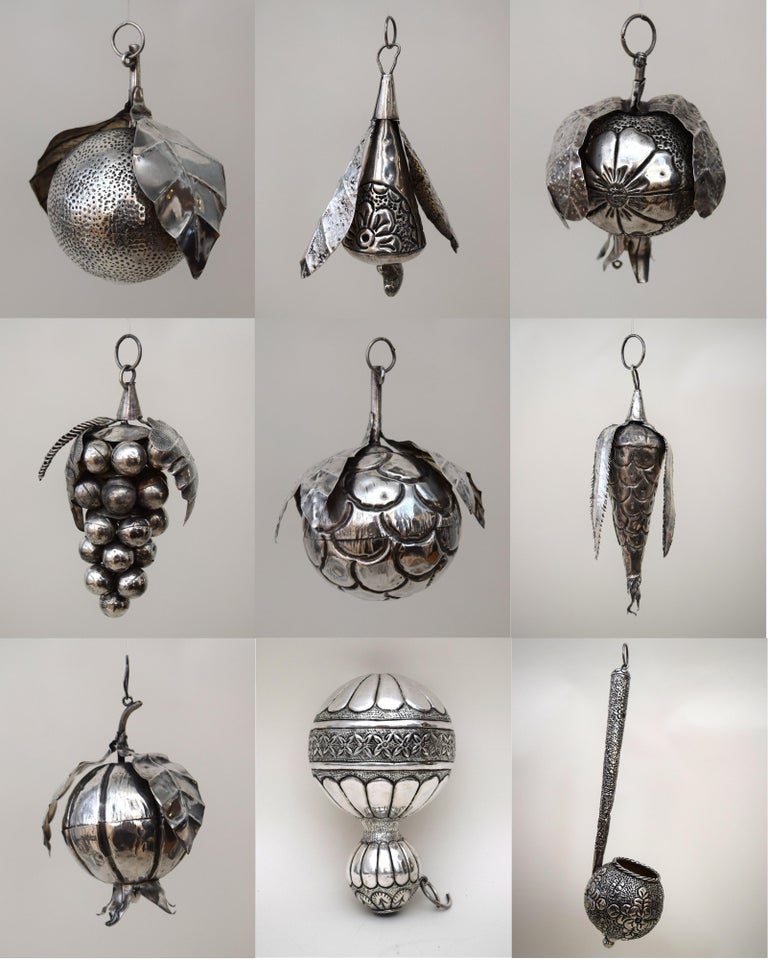31 Brazilian Silver Amulets In Good Condition For Sale In New York, NY