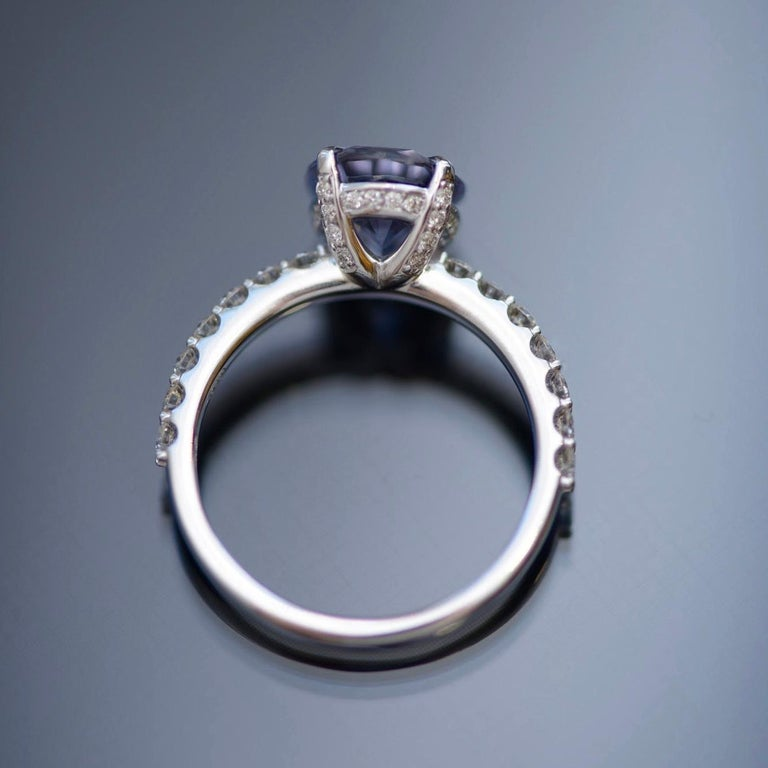 5.5 Carat Violet-Grey Spinel Diamond 14 Karat White Gold Ring For Sale 1