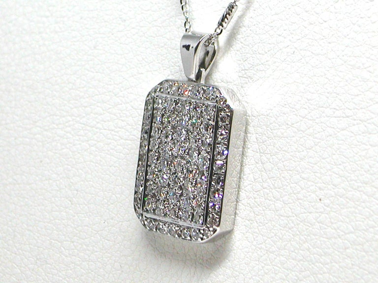 Round Cut 3.10 Carat White Gold Diamond Necklace Pendant For Sale