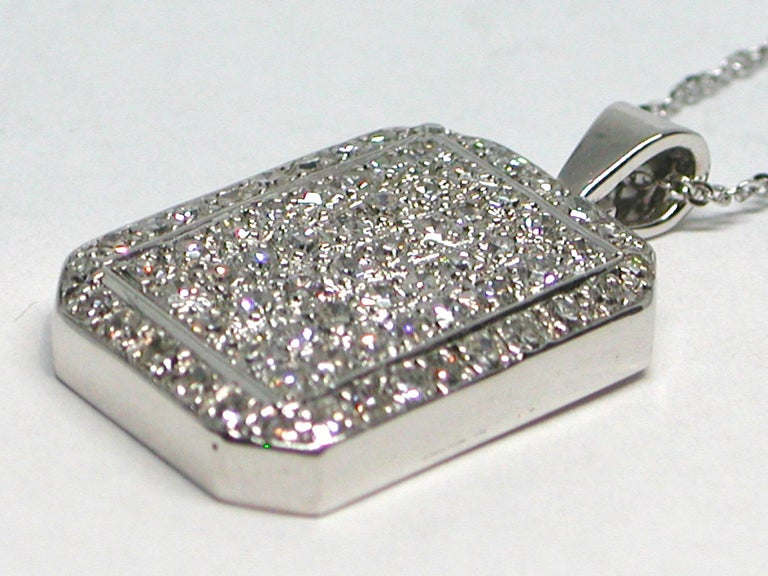 3.10 Carat White Gold Diamond Necklace Pendant In New Condition For Sale In Antwerp, BE