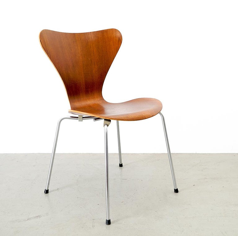 Danish 3107 Series 7 Chair by Arne Jacobsen for Fritz Hansen, Denmark For Sale