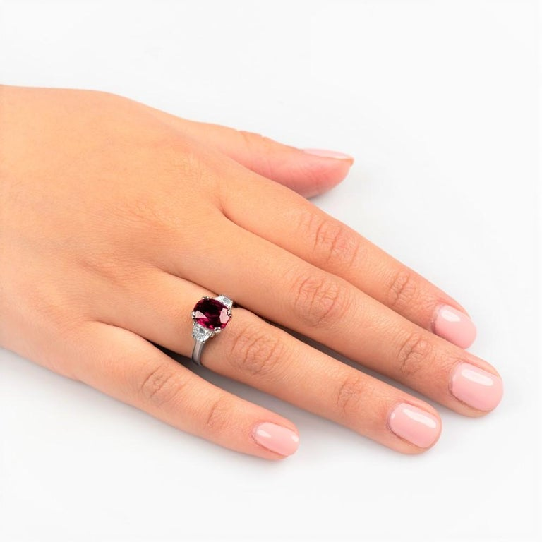 3.11 Carat Oval Cut Natural Thai Ruby Ring with 0.50 Carat Total of Diamonds In New Condition For Sale In Houston, TX
