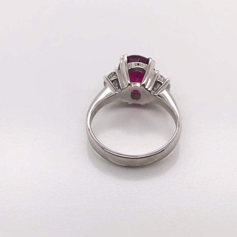 3.11 Carat Oval Cut Natural Thai Ruby Ring with 0.50 Carat Total of Diamonds For Sale 1