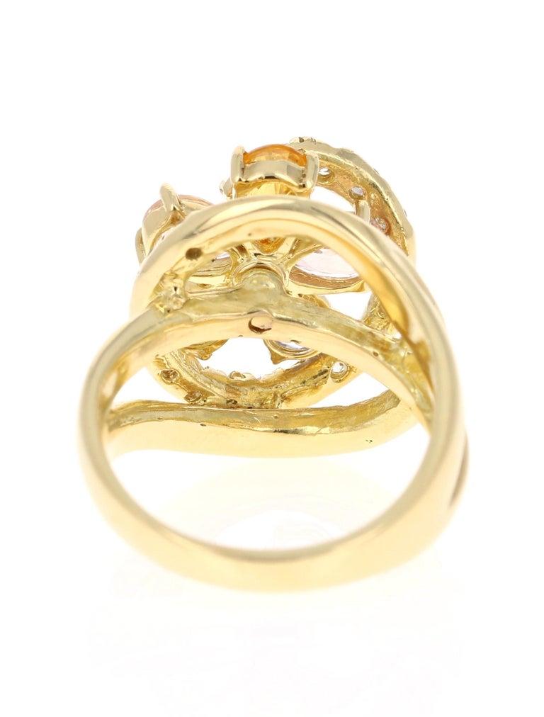 Pear Cut 3.13 Carat Sapphire Diamond 18 Karat Yellow Gold Ring For Sale