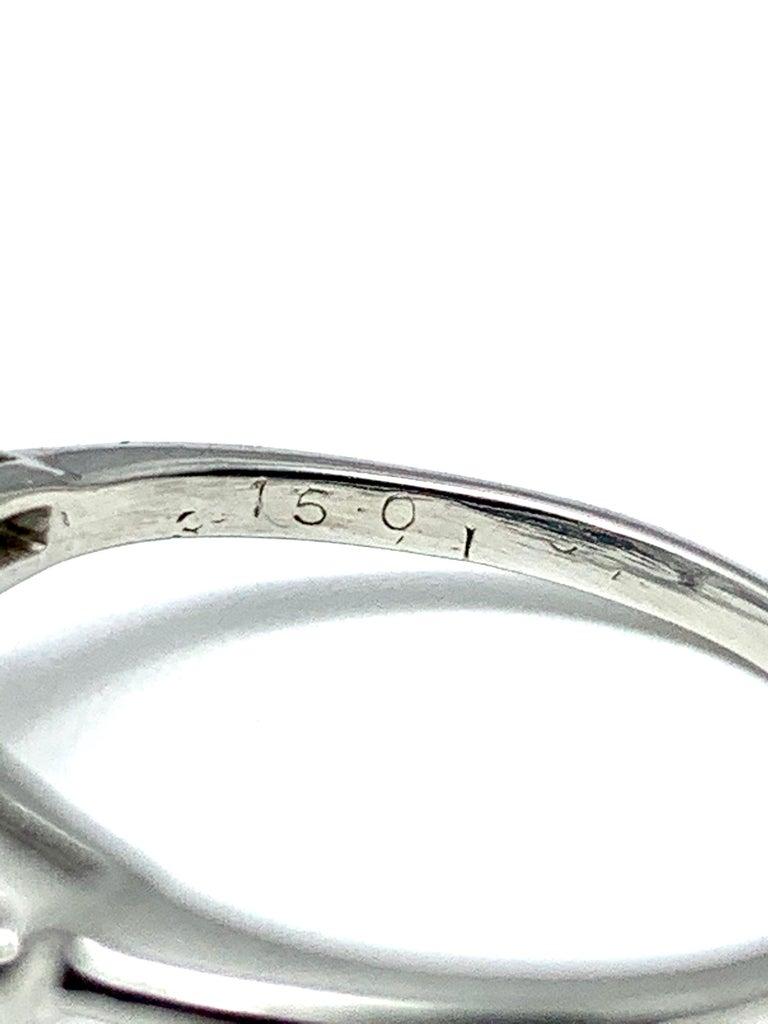 Women's or Men's 3.14 Carat D SI1 Pear Shape Diamond and Baguette Diamond Platinum Ring For Sale