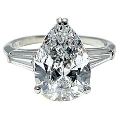3.14 Carat D SI1 Pear Shape Diamond and Baguette Diamond Platinum Ring