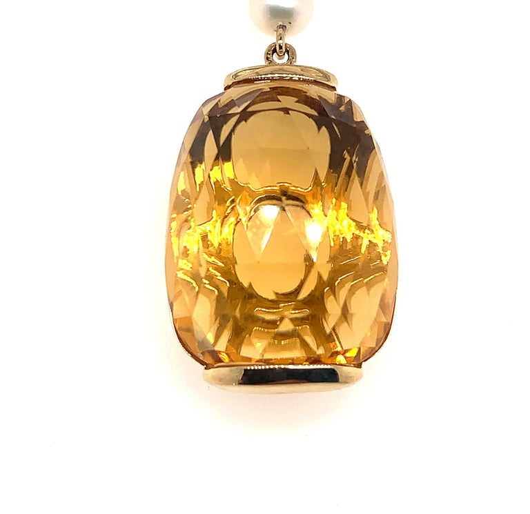 31.6 Carat Honey Quartz Earring in 18 Karat Yellow Gold with Diamonds In New Condition For Sale In Hong Kong, Kowloon