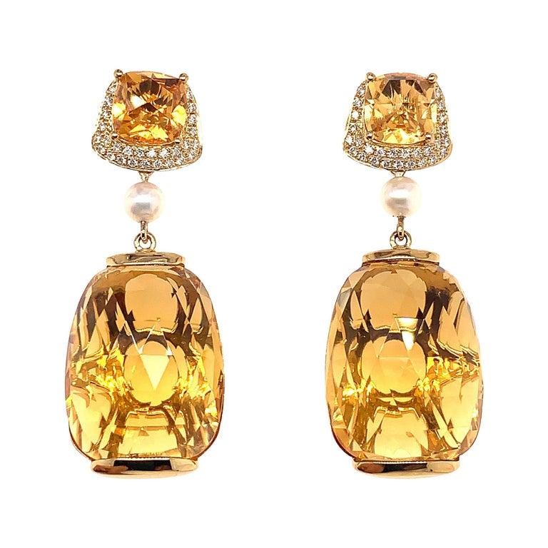 31.6 Carat Honey Quartz Earring in 18 Karat Yellow Gold with Diamonds For Sale