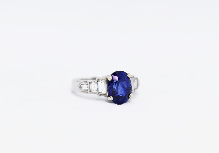 Women's or Men's 3.18 Carat Natural Sapphire and Diamond Platinum Deco Engagement Ring For Sale