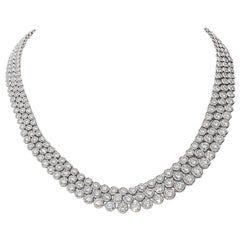 31.98 Carat White GVS Diamonds 18 Karat White Gold 3 Rows Tennis Necklace