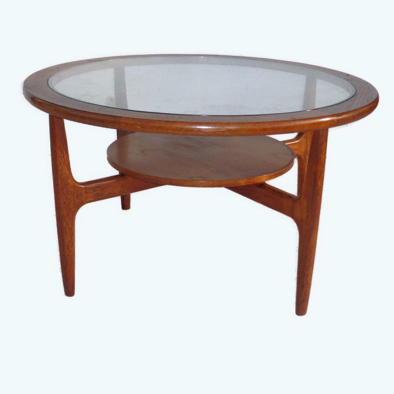 Mid Century 2-Tier Coffee Table In Good Condition For Sale In Pasadena, TX