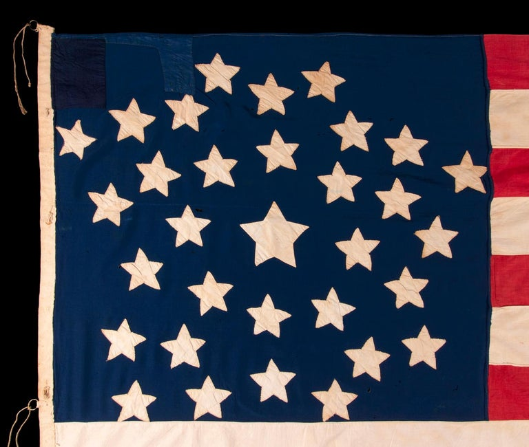 Antique American Flag, 32 Stars, Minnesota Statehood, ca 1858-59 In Good Condition For Sale In York County, PA