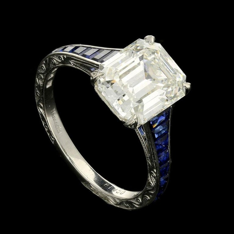 Women's or Men's 3.20 Carat H VVS1 Vintage Emerald Cut Diamond Ring and Sapphire Band by Hancocks For Sale