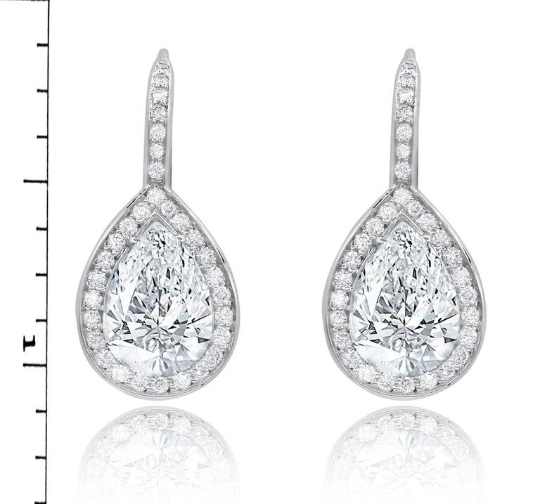 Pear Cut 3.21 Carat Pear Shaped Diamond Drop Earrings For Sale