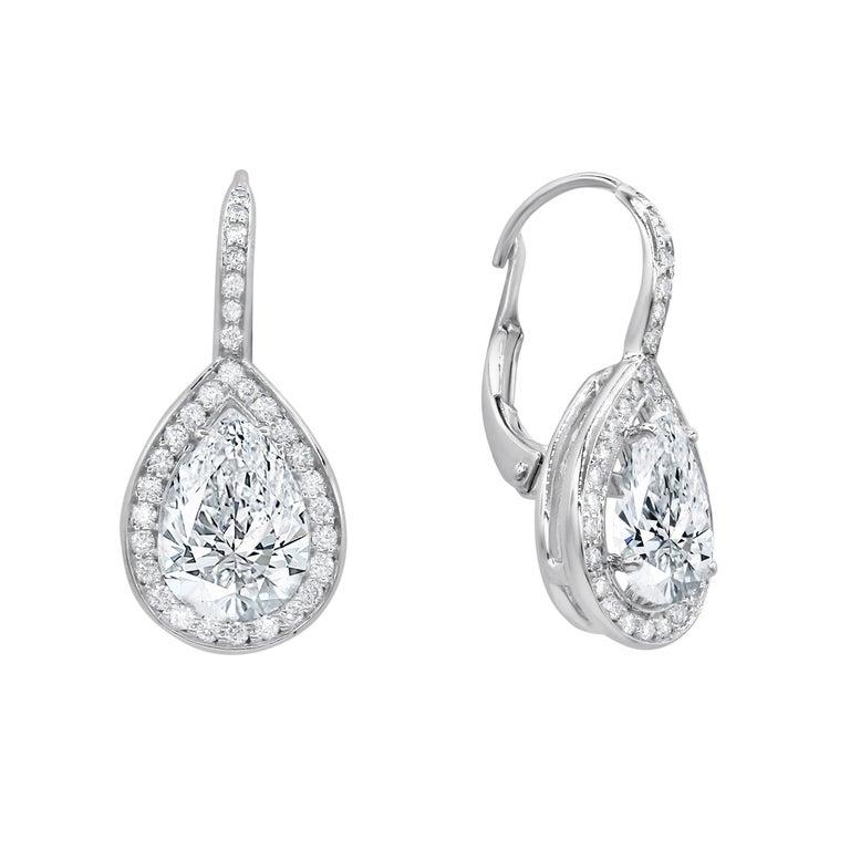 3.21 Carat Pear Shaped Diamond Drop Earrings For Sale