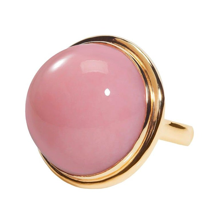 32.10 Carat Peruvian Pink Opal Cabochon 18 Karat Yellow Gold One of a Kind Ring For Sale