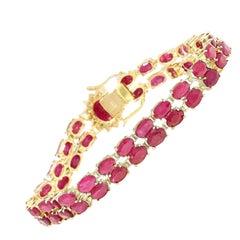 32.15 Carat Natural Ruby 18 Karat Solid Yellow Gold Diamond Bracelet