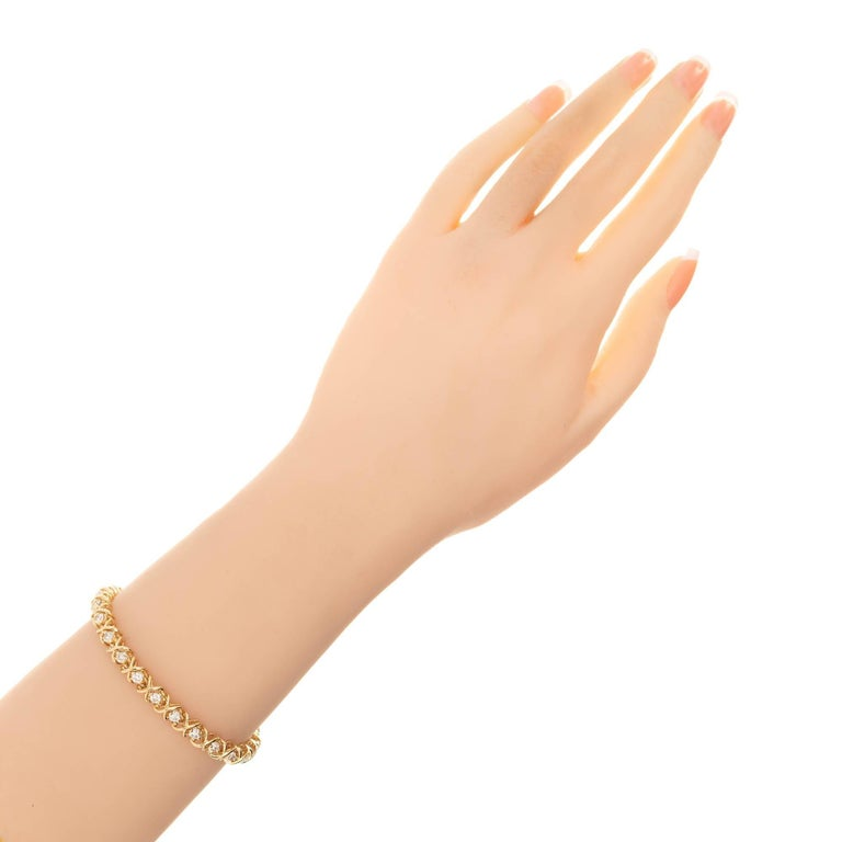 3.25 Carat Diamond Yellow Gold Tennis Bracelet In Good Condition For Sale In Stamford, CT
