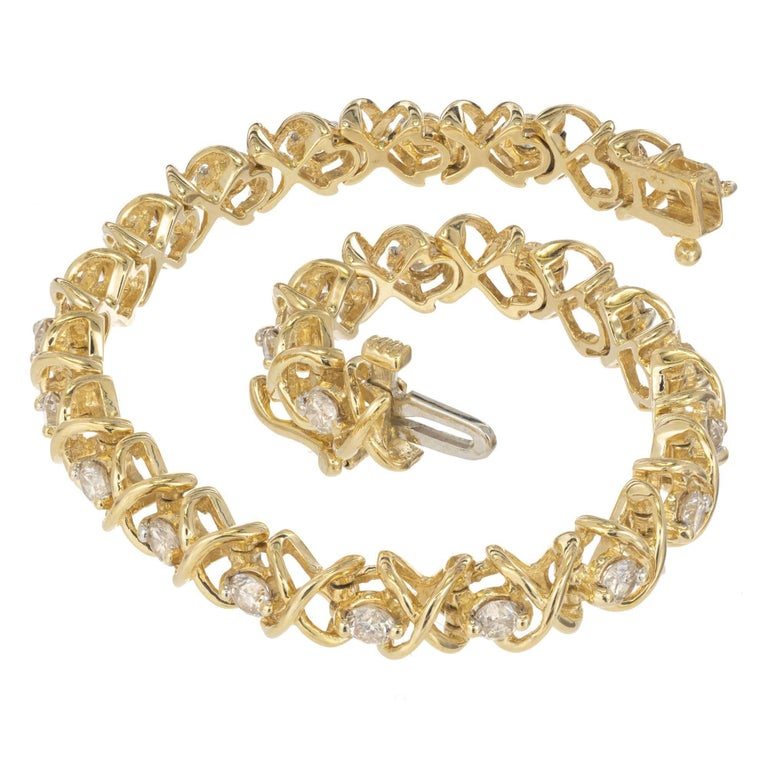 3.25 Carat Diamond Yellow Gold Tennis Bracelet For Sale