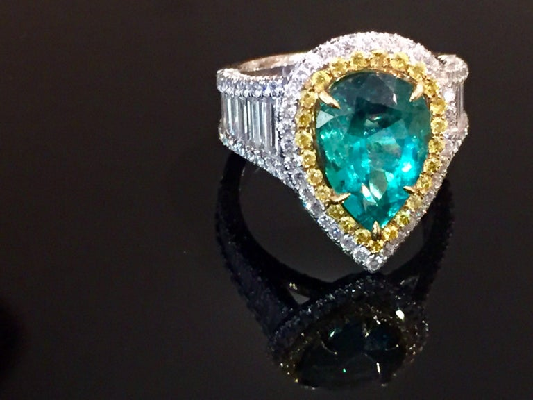 3.25 Carat Emerald and Diamond Engagement Ring In New Condition For Sale In Palm Desert, CA