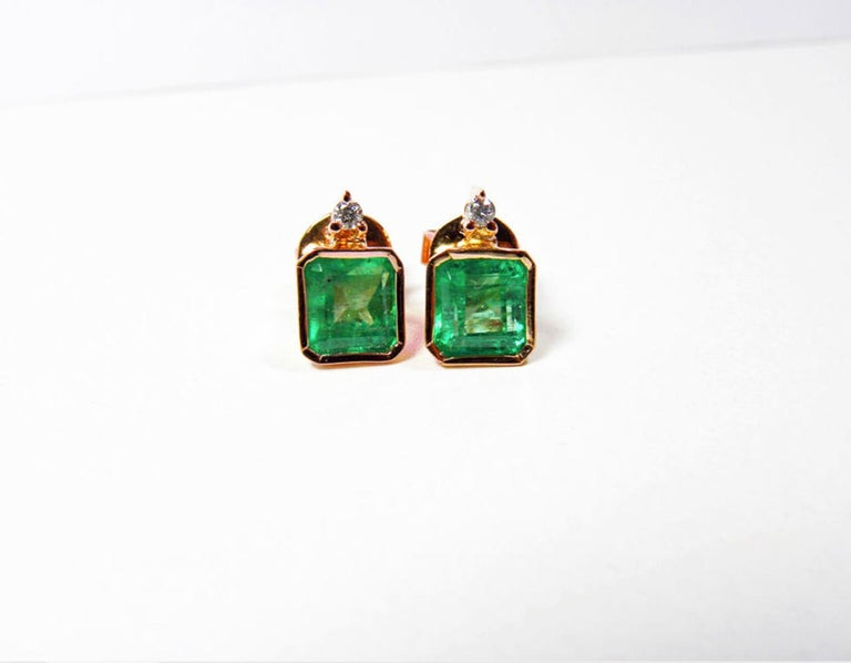 3.26 Carat Natural Green Colombian Emerald Stud Earrings 18 Karat Rose Gold In New Condition For Sale In Brunswick, ME