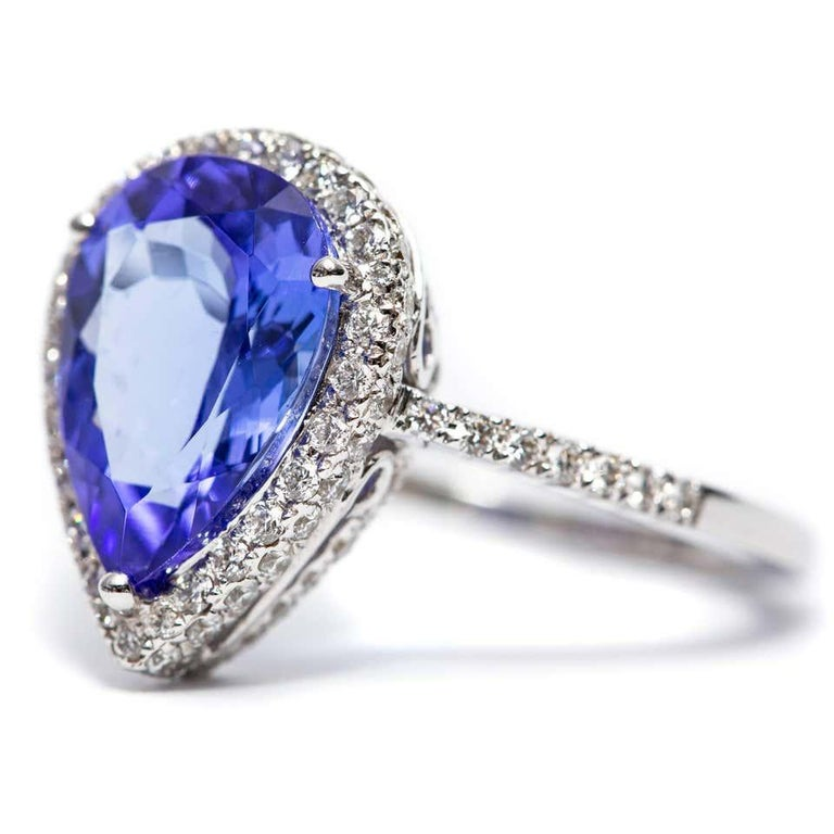 3.26 CT Pear Tanzanite Certified 0.75 Carat Diamond 18 KT Gold Engagement Ring For Sale 5