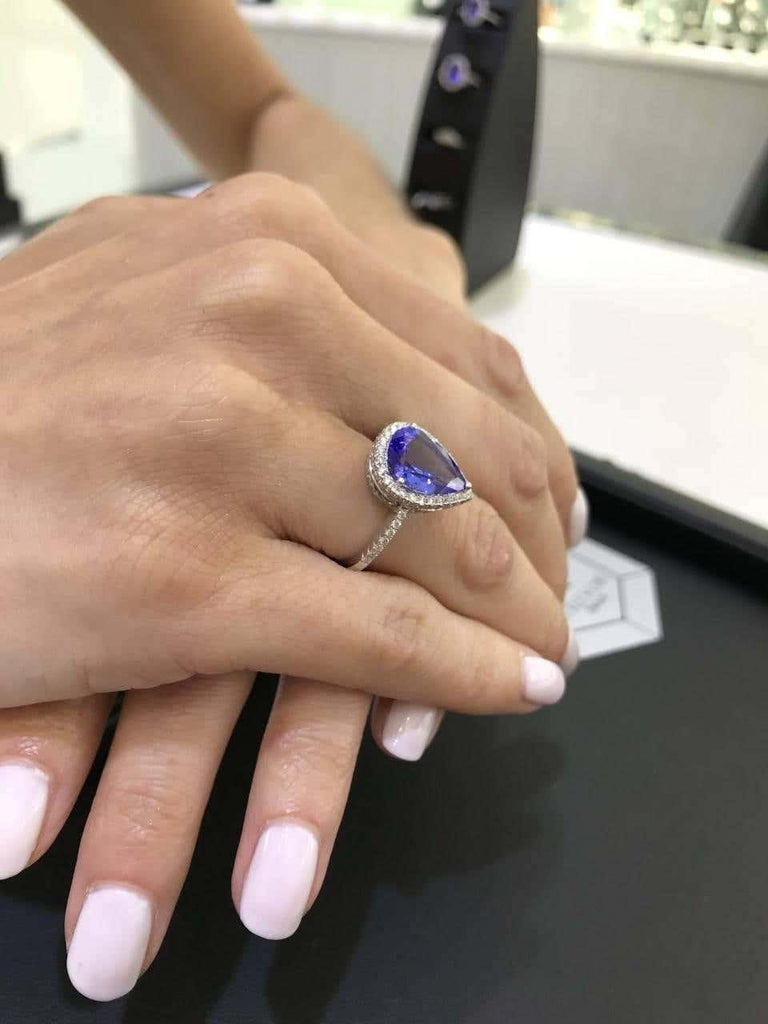 3.26 CT Pear Tanzanite Certified 0.75 Carat Diamond 18 KT Gold Engagement Ring For Sale 11
