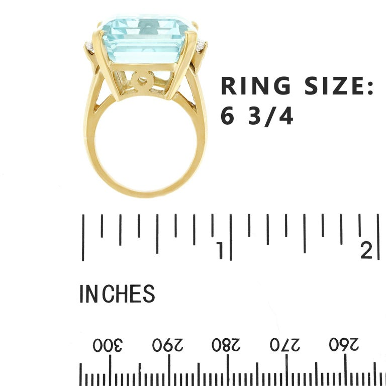33 Carat Aquamarine and Diamond Set Gold Ring For Sale 2