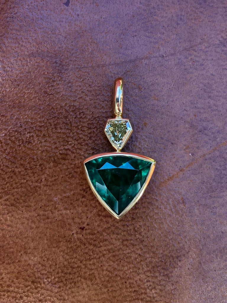 Artisan 3.3 Carat Colombian Muzo Emerald and Fancy Yellow Diamond Pendant For Sale