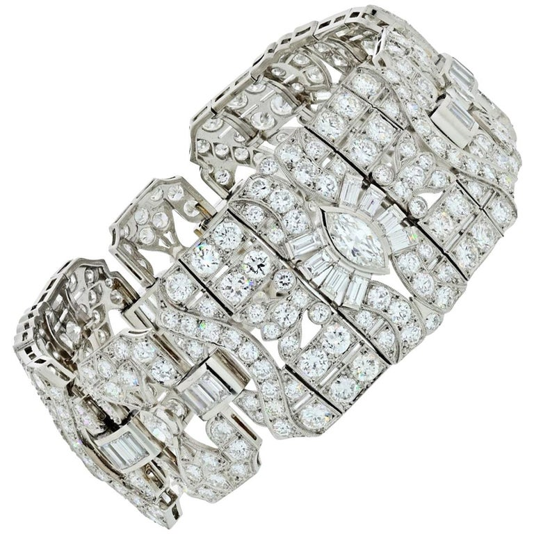 33.60 Carat Art Deco Platinum Diamond Bracelet For Sale