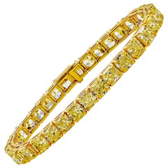 33.97 Carat Radiant Cut Yellow Diamond Tennis Bracelet in Yellow Gold