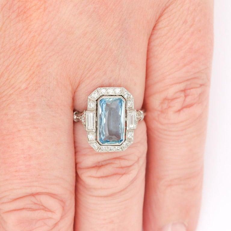 Art Deco 3.40 Carat Aquamarine and Diamond Platinum Dress Cocktail Ring, 1920s 8