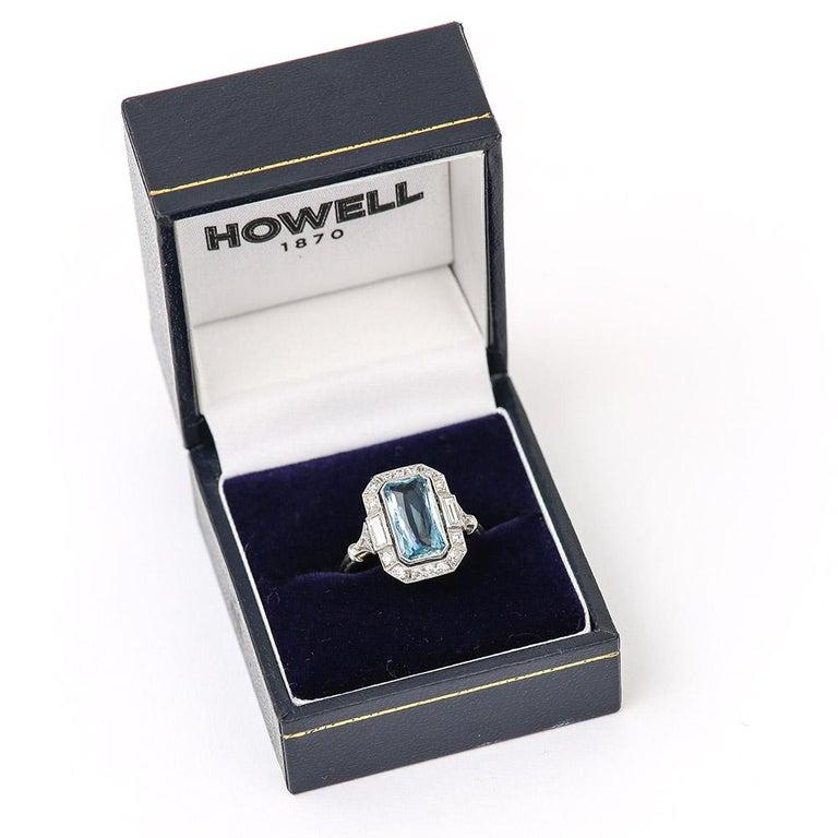 Art Deco 3.40 Carat Aquamarine and Diamond Platinum Dress Cocktail Ring, 1920s 9