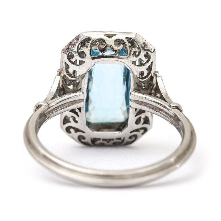Women's Art Deco 3.40 Carat Aquamarine and Diamond Platinum Dress Cocktail Ring, 1920s