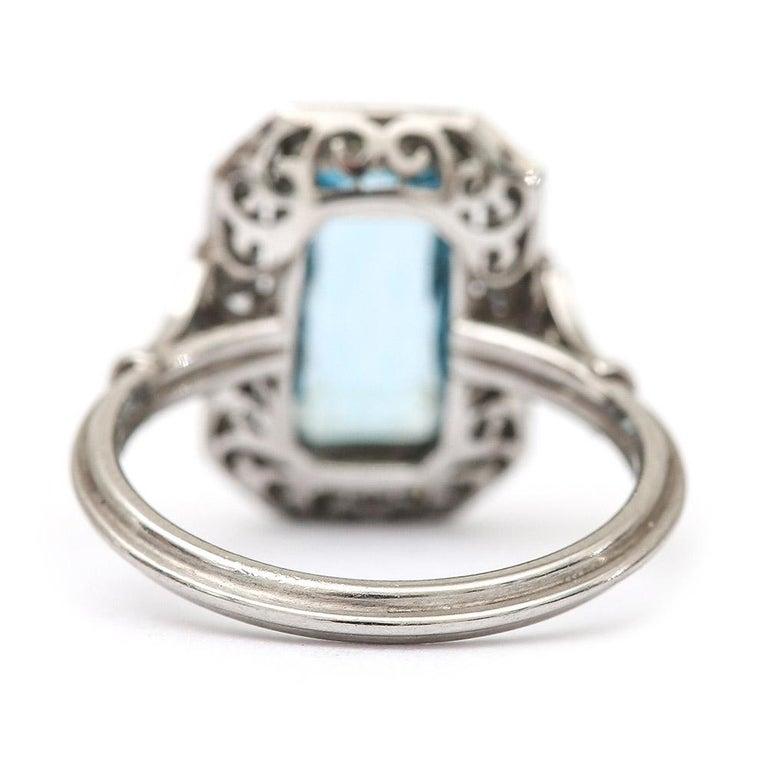 Art Deco 3.40 Carat Aquamarine and Diamond Platinum Dress Cocktail Ring, 1920s 1