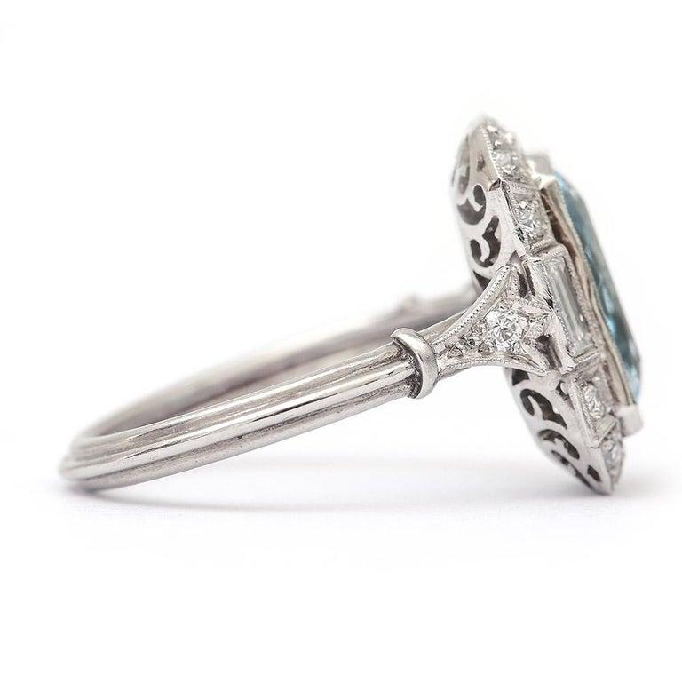 Art Deco 3.40 Carat Aquamarine and Diamond Platinum Dress Cocktail Ring, 1920s 2