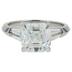 3.40 Carat Asscher Cut Diamond Ring with 4 Baguette Cut Diamonds in Platinum