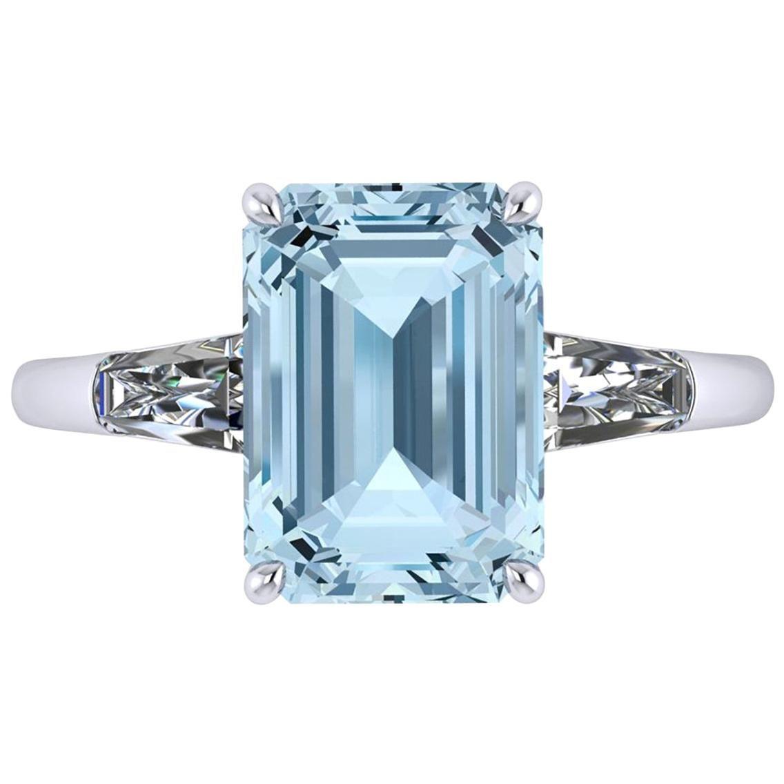 4.61 Carat Emerald Aquamarine 0.42 Carat Diamonds Cocktail Ring