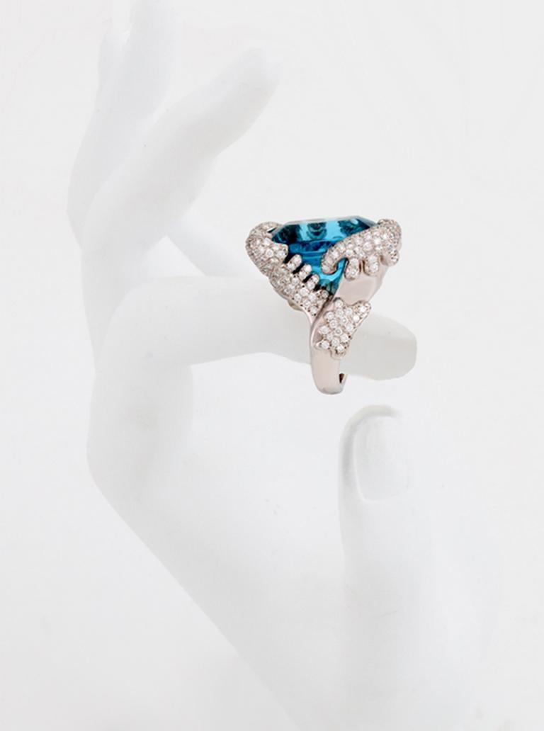 34.10 Carat Aquamarine Ring by John Landrum Bryant For Sale 2