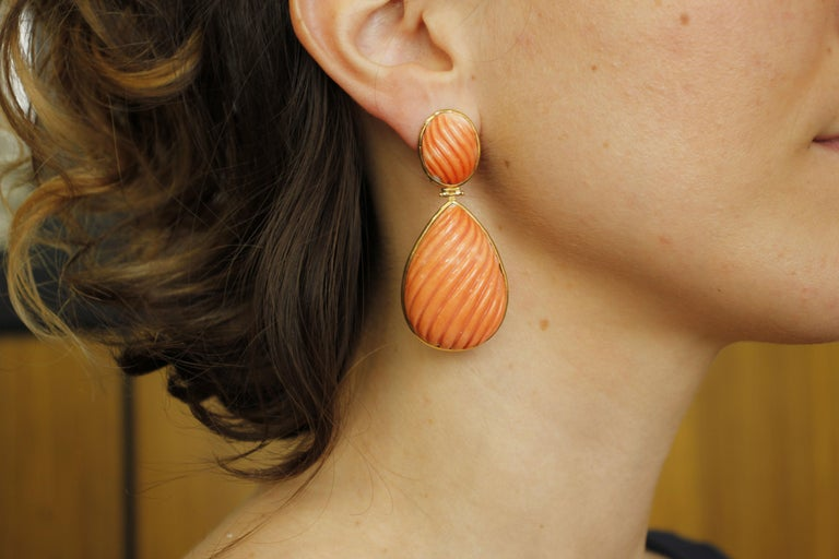 34.1g Carved Big Coral, 18 Karat Yellow Gold Dangle Earrings For Sale 2