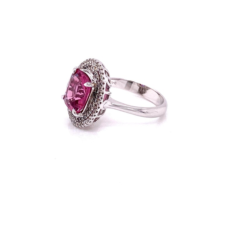Women's or Men's 3.44 Carat Unheated Burmese Pink Spinel and White Diamond Gold Engagement Ring