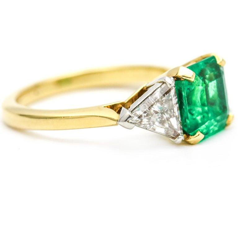 3.45 Carat 18 Karat Gold Platinum Emerald Diamond Three-Stone Ring For Sale 1