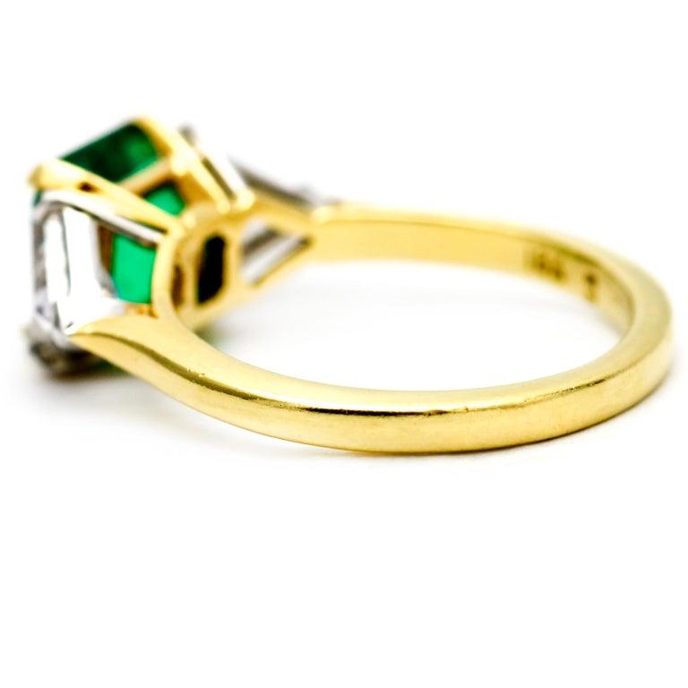 3.45 Carat 18 Karat Gold Platinum Emerald Diamond Three-Stone Ring For Sale 3